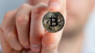 株価とビットコインの関係